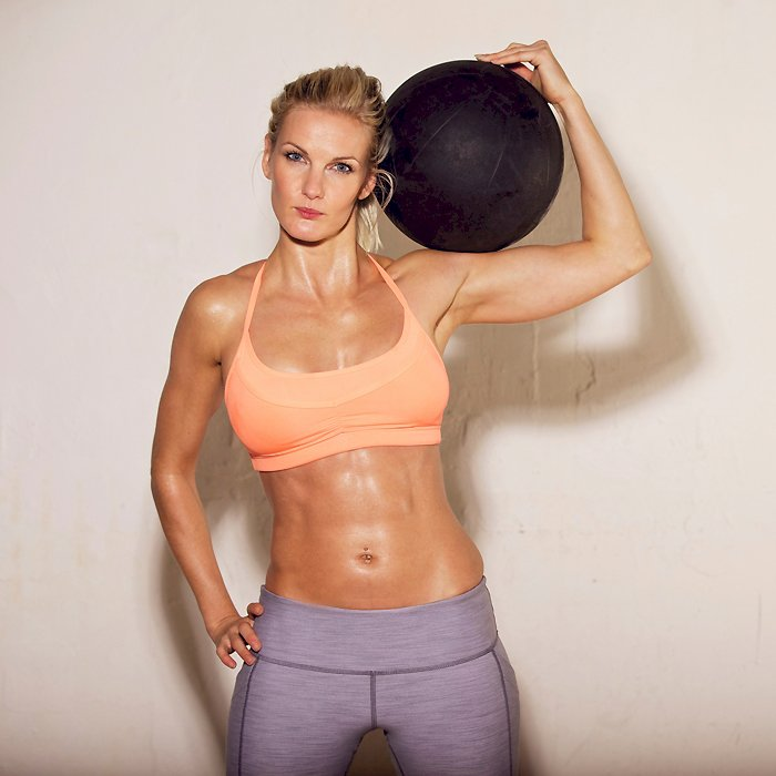 Top 5 Most Inspiring Female Fitness Models Over 40